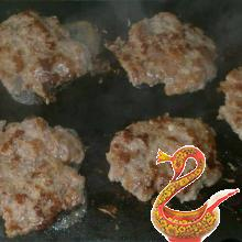 Homemade hamburgers recipe with photos
