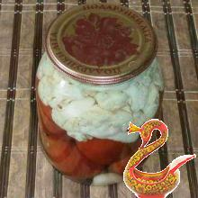Russian recipe pickled tomatoes with cauliflower