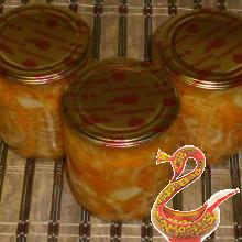 Pickled onions with carrots