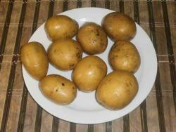 For this we need: • eight, ten small (or three large) potatoes,